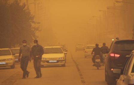 گرد و غبار تهران از غرب کشور آمده بود