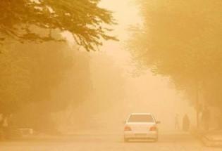 خیمه گرد و خاک در شمال استان/ توفان شن، ادارت زهک را تعطیل کرد