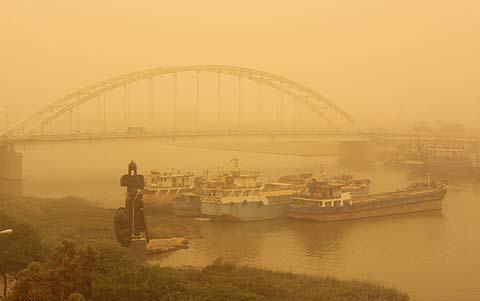 نفس های سنگین سنندج زیر گرد و غبار
