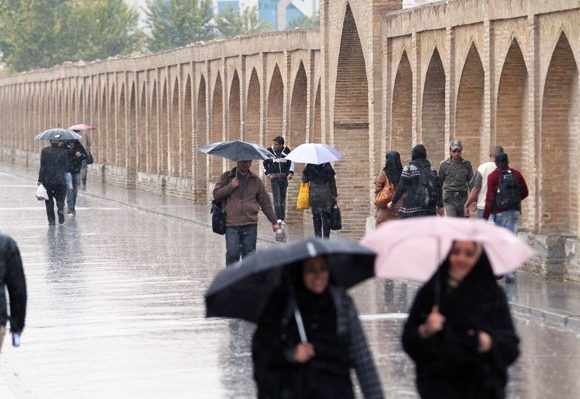 با نخستین بارش زمستانی هوای اصفهان تازه شد