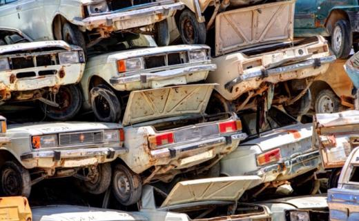 ممنوعیت تردد خودروهای بالای ۵۰ سال در سال ۹۷