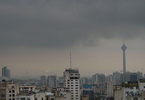 تداوم آلودگی هوا در تهران / شاخص کیفیت ۱۲۲