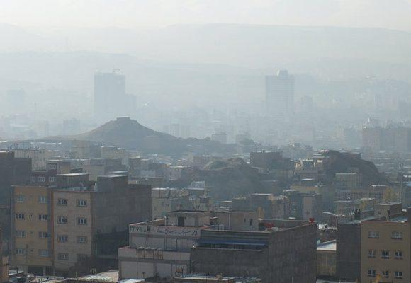 شاخص آلودگی هوای تهران ۱۰۰ شد